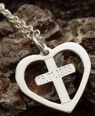 115. Hjerte med kors 4